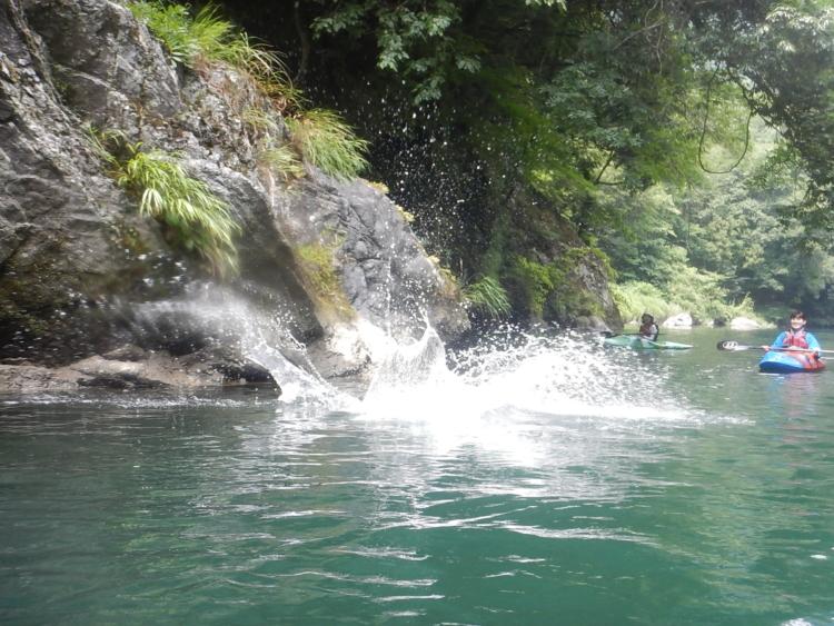 白丸湖で避暑カヤック体験